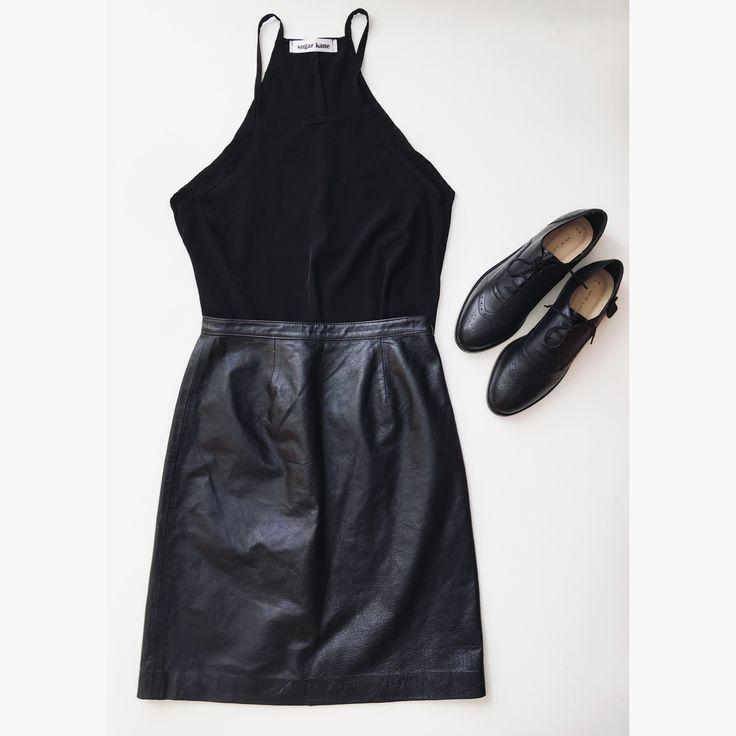 Handmade and vintage #outfit #sugarkaneclothing #leatherskirt #halterneck #oxfordshoes #blackoutfit #minimalist