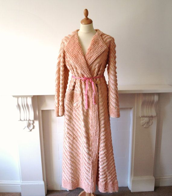 Dressing Gowns And Robes: 17 Best Images About Vintage Bathrobes On Pinterest