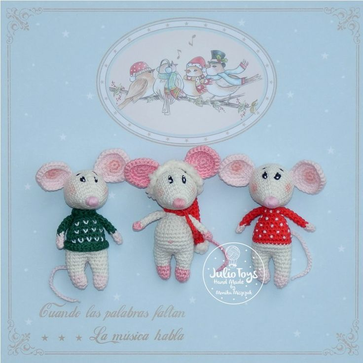 Little Christmas mouse crochet pattern by Julio Toys