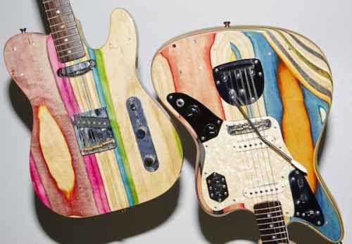 Riciclare le vecchie tavole da skateboard, rotte o ormai molto usurate, per creare nuove chitarre. Ecco l'idea di...