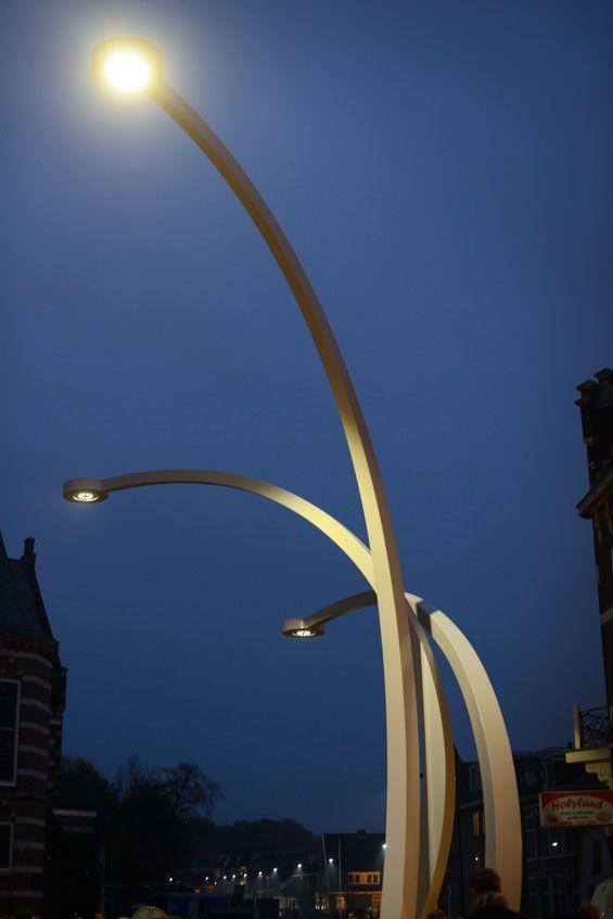 Lamp sculpture on the Kerkplein | Assen The Netherlands | MD Landschapsarchitecten