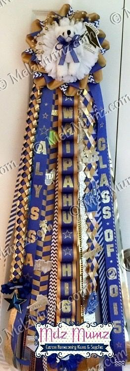 MelzMumz.com Classic Single Homecoming Mum made for a graduation