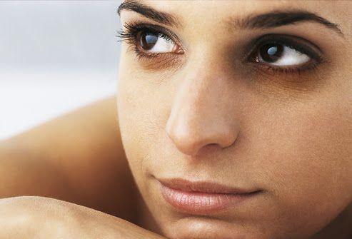 Göz altı morlukları neden oluşur ? Nasıl önlem alınmalıdır ?  http://www.sagliklibesin.net/2014/10/goz-alti-morluklari-neden-olusur.html
