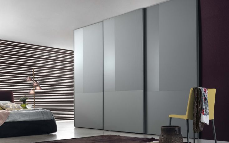 The Nuance Sliding Door Wardrobe is a perfect example of Jesse's Italian design, well structured and modern. The Nuance comes in an aluminium structure door with panels in three different finishes: Matte, Lacquer, Satinated glass and Plain glass.