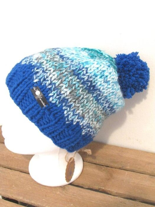 Mein Strickmütze Bommelmütze blau türkis grau meliert Mütze von handmade! Größe  für 12,00 €. Sieh´s dir an: http://www.kleiderkreisel.de/accessoires/wollmutzen/139762252-strickmutze-bommelmutze-blau-turkis-grau-meliert-mutze.