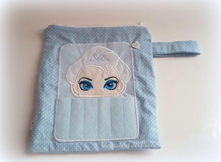 Astuccio+con+porta+pastelli+con+Elsa+ricamata+di+Creazioni+di+Paola+su+DaWanda.com