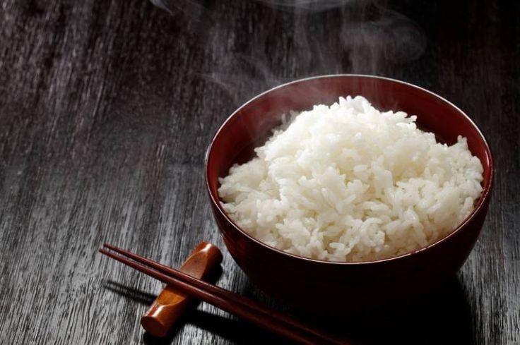 1-Tages-Diäten: So schmilzt das Fett - Mit dem richtigen Lebensmittel können Sie eine Turbo-Diät durchführen und locker ein Kilogramm am Tag verlieren. Einige Diäten haben noch anderweitige Vorteile. Mit einer Reis-Diät beispielsweise stärken Sie Ihre Nerven und entwässern Ihren Körper. Wir zeigen Ihnen, wie Sie dabei richtig