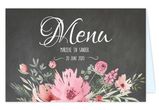 Romantische stoere dinerkaart voor op tafel bij jullie bruiloft? Met krijtbord look en sierlijke bloemen. Geheel zelf aan te passen. Gratis verzending in Nederland en België.