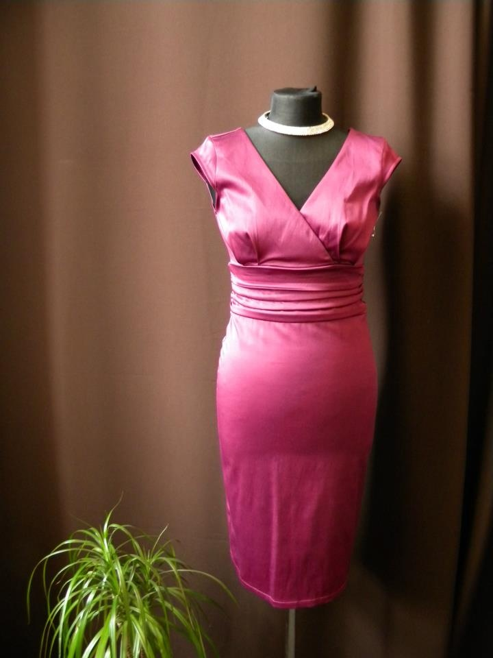 Šaty na svatbu - fuchsiová