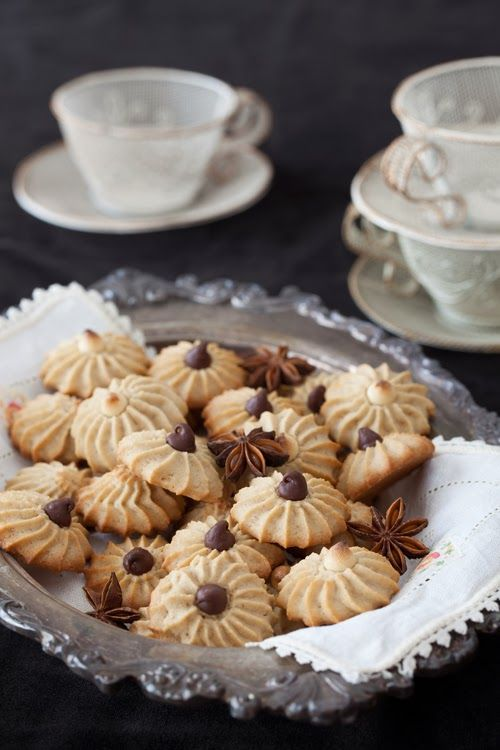 Christmas Cookies #4: Anise Cookies with Chocolate Chips at Cooking Melangery