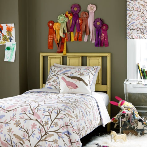 26 best horse theme bedroom gabby 39 s big girl room images for Horse bedroom decor