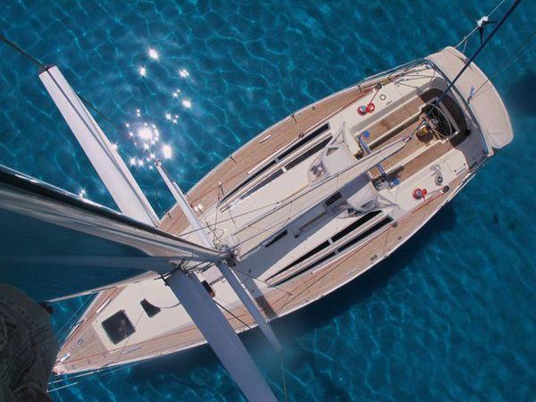 Our sailing yacht Tahita
