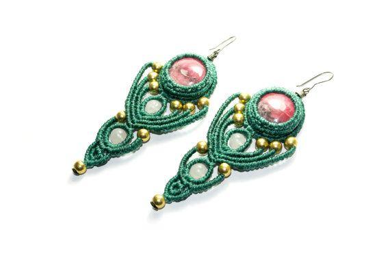 Cerchi macramè con Rodocrosite, quarzo rosa, verde, bronzo, gioielli macramè Macrame, Macrame, orecchini, anelli di Hippie, donna, unica.