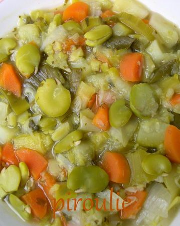 Soupe de fèves fraîches à la coriandre pour Pessah