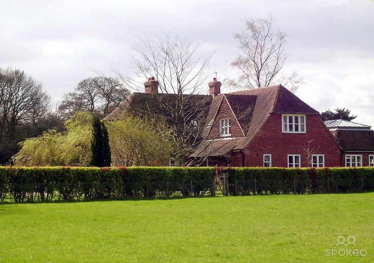 Oak Acre The Home Shared By Kate Middleton Her Brother