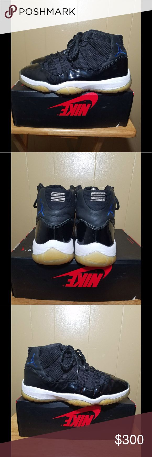"""(OG) Air Jordan 11 """"spacejams"""" (2000 release) -mens size : 12⬅️ -colorway:Black/Varsity Royal-White -stylecode:136046-041 -Release Date:12/13/2000⬅️ - ORIGINAL SPACEJAM RELEASE!  -no box** -➡️AMAZING CONDITION ( slight creasing,yellowing) -100%wearable(unbelievably preserved 17 year old shoe) -GRAILS TO ALL TRUE SHOE COLLECTORS (small piece of history!) -100% authentic ( I REPEAT 100% authentic)⬅️ -🚫no trades🚫 -▶️▶▶️️Open to serious offers via the """" offer"""" feature◀️◀️◀️ - low-ballers will…"""
