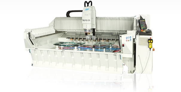 Centro di lavoro CNC  multifunzione a 3 assi.  KREA rappresenta il Centro di Lavoro CNC  a 3 assi più compatto e veloce sul mercato.
