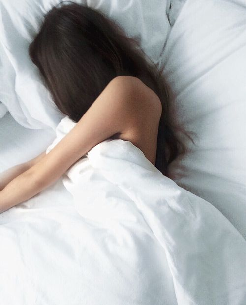 Perfect, blissful, sleep. Get 25% better sleep today >> https://youarewhatyousleep.com/pages/our-solution