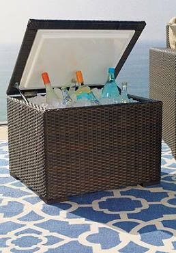 Provide chilled drinks to your guests with the Woven Ice Chest; an outdoor entertaining essential crafted so well, your guests won't realize it's a cooler.Pools Decor, Outdoor Furniture, Outdoor Living, Pools Stuff, Beverages Tubs, Outdoor Decor, Woven Ice, Furniture Ideas, Ice Chest