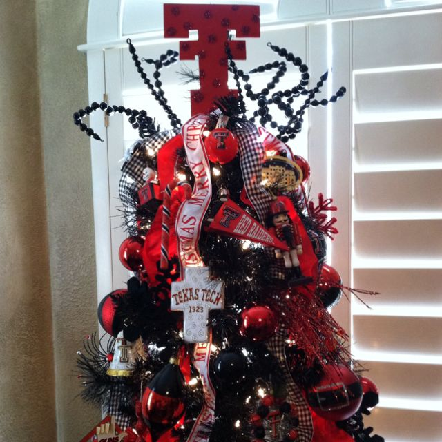 Texas tech Christmas tree! Essential for every Red Raider!