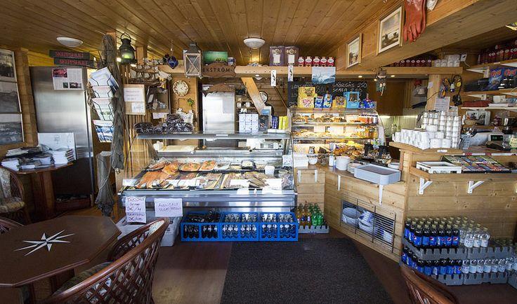 På Kroken, Fish Shop #visitsouthcoastfinland #hanko #Finland #påkroken #food #restaurant #fish #shop