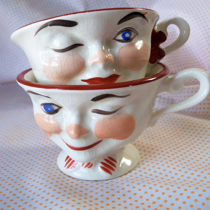 Pair of His and Hers Vintage England Anthropomorphic Face Tea Cups Mugs.: Teakettles Teacups, England Anthropomorphic, Cups Mugs, Face Cups, Tea Cups, Red Teacups