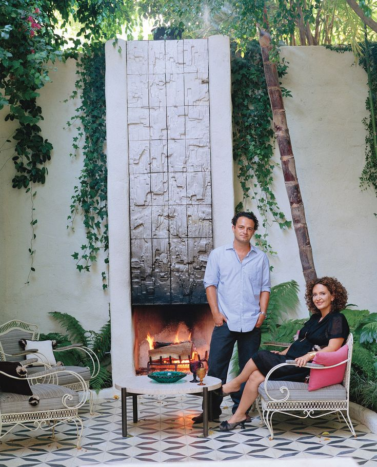 Commune: courtyard fireplace, Los Feliz