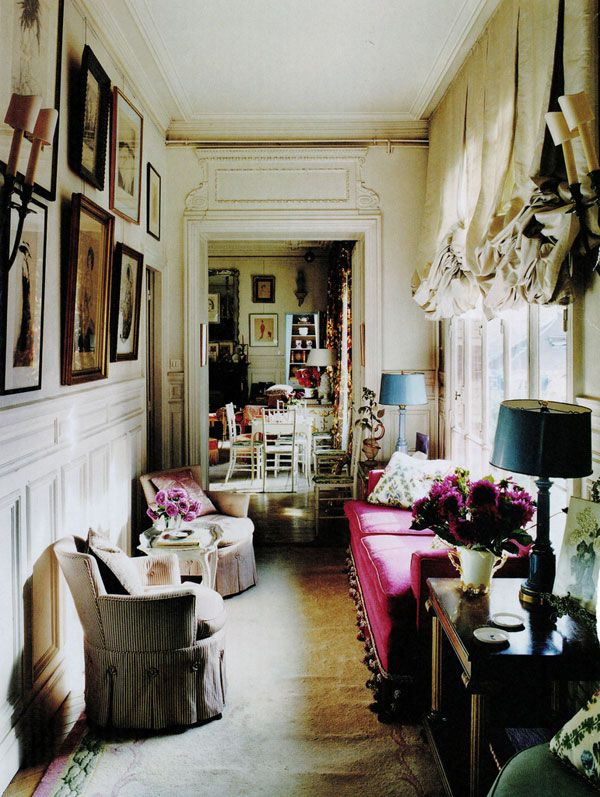 Hamish Bowles's Paris apartment. Photography by François Halard for World of Interiors.