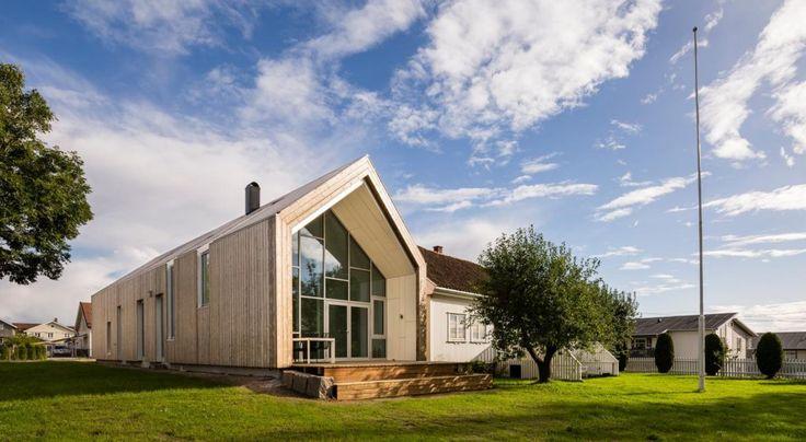nowoczesna-STODOLA-1900-Farmhouse-LINK-architects-11
