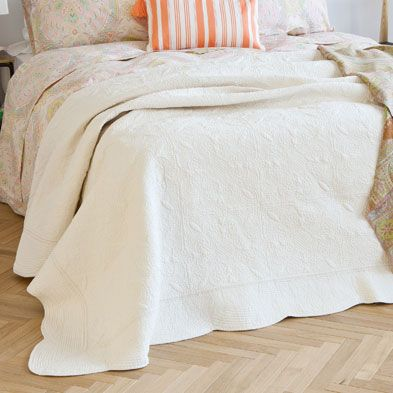 White Embroidered Centre Decorative Quilt and Cushion Cover | ZARA HOME United Kingdom
