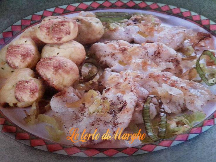 Oggi vi propongo questo delizioso secondo piatto molto facile da realizzare e molto buono da assaporare è il carpaccio di mare con polpette. Vi occorre solo