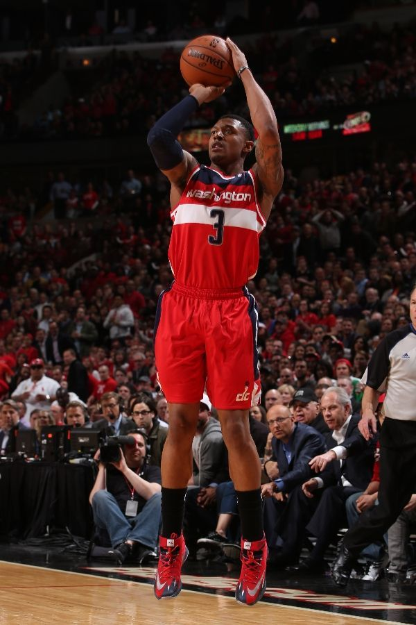 CHICAGO, IL - APRIL 22: Bradley Beal #3 of the Washington Wizards