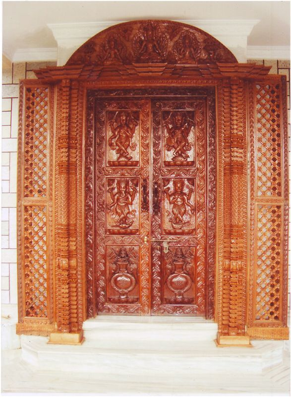Wooden Carved Main Entrance Door 7ft X 7ft Send Gifts And Money To Nepal Online From Www Muncha Com In 2020 Double Door Design Door Design Wood Main Entrance Door