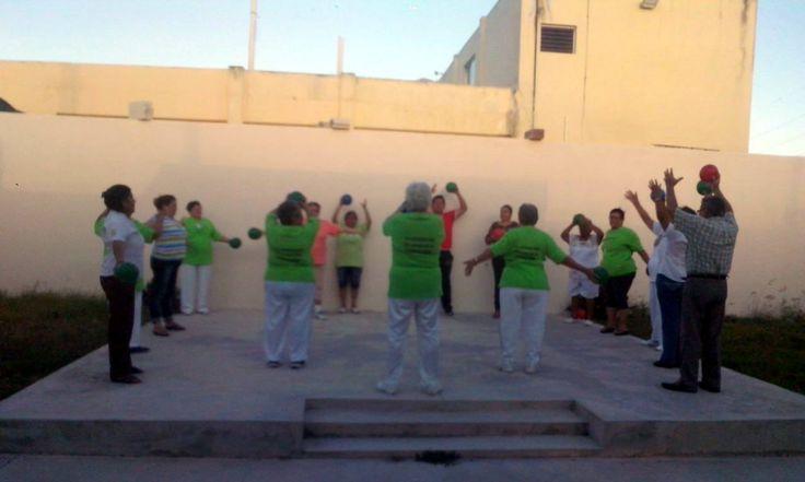 Con diferentes actividades inician la semana en la Casa Estancia del Adulto Mayor