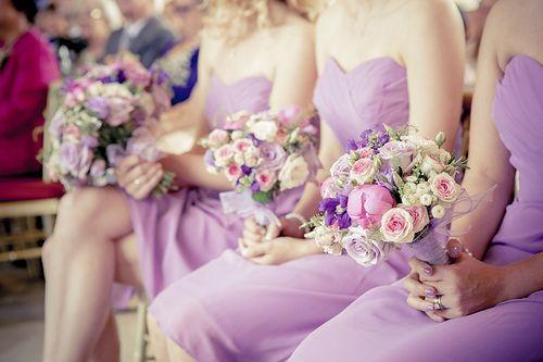 Bruidsmeisjes boeketten. #bruiloft #wedding #pink #roze #bloemsierkunsthaasjes