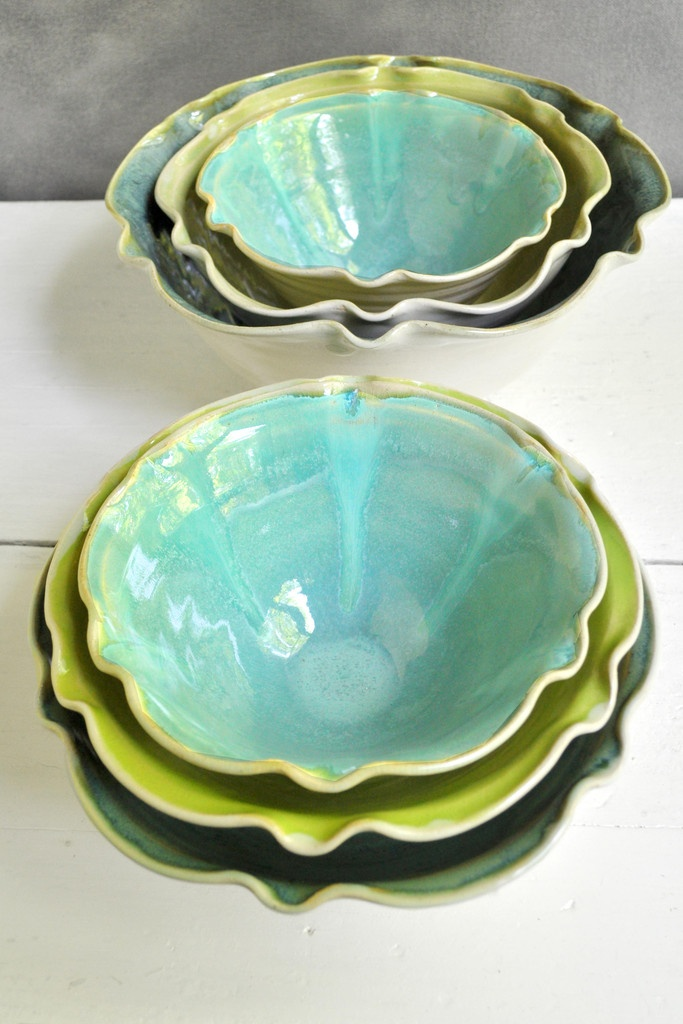 small nesting bowl set in Organic Soul from Lee Wolfe Pottery — new size!