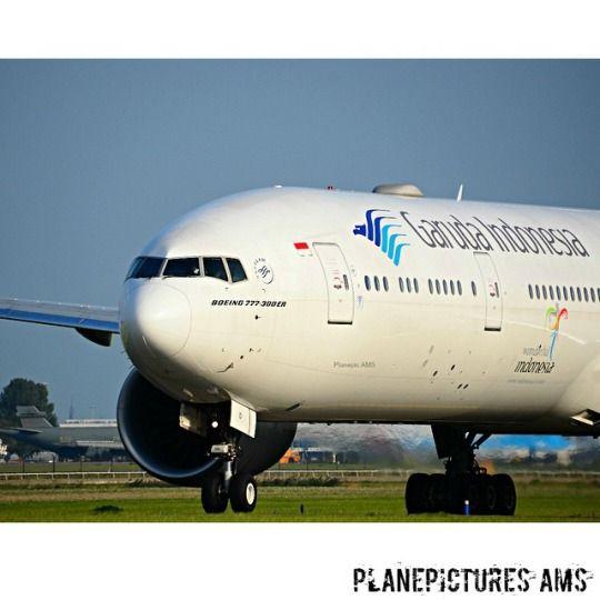 Garuda Indonesia 777-300