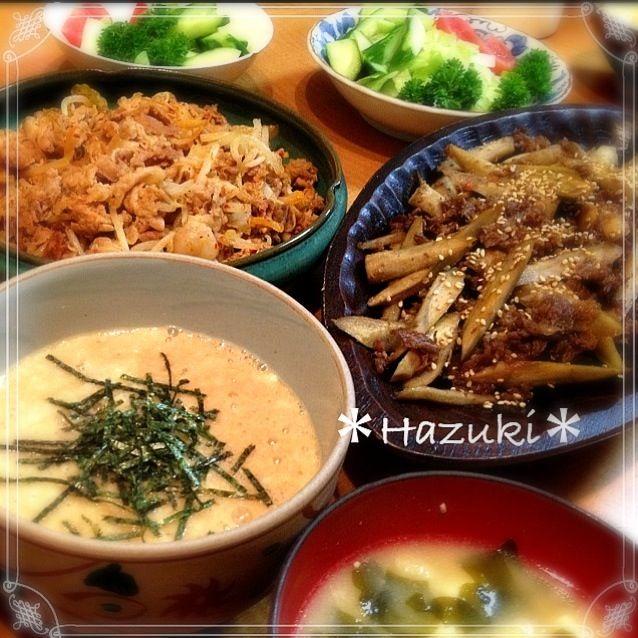 次男の塾に間に合うように、作ったが間に合わず…マルちゃん製麺(醤油味)を食べて行ったょ(๑•́ ₃ •̀๑) 帰りが10:30だけど、食べるかな〜… (๑˘ ˘๑)*.。急ぐとなんか作りすぎちゃうな〜。 - 72件のもぐもぐ - 牛肉と牛蒡の豆板醤炒め*豚キムチ*とろろ by SDHazuki