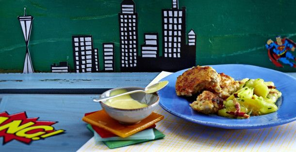 Unser beliebtes Rezept für Fisch-Frikadellen mit Speckkartoffelsalat und Senf-Honig-Dip und mehr als 55.000 weitere kostenlose Rezepte auf LECKER.de.