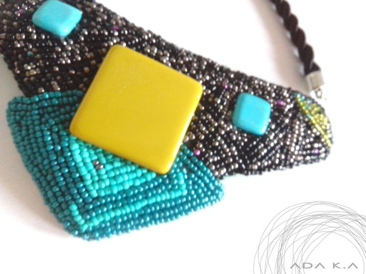 the 1st . finished necklace :) . pearl sewing . ada k.a .   http://kissadaka.blogspot.hu/2016/01/egy-ujabb-elso-gyongyvarrott-lanc.html