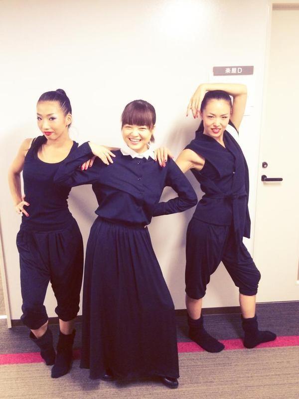 今日は柴咲コウさんツアー9本目@神戸国際会館こくさいホールでした!思いきったプレイもでき、とても楽しかったです。いよいよ土曜日はファイナル!あっという間すぎて寂しいけど、最高の締め括りになるよう頑張ろう!ダンサーもみさん&たえさん。