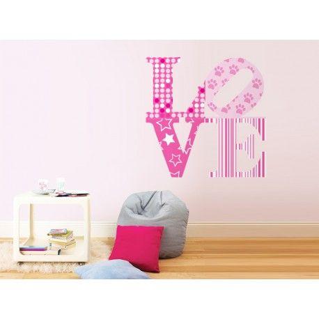 Con este vinilo podrás decorar el espacio o mueble que quieras. Un elemento decorativo muy adecuado para habitaciones infantiles. #amor #decoración #vinilo #infantil
