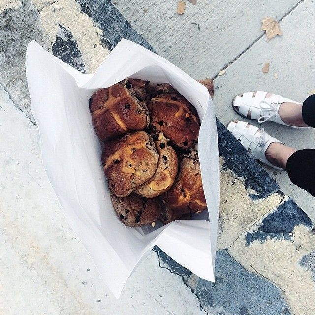 Blogger and Instagrammer thegirlhassparke took a one-kilometre detour on her walk to work to pick up a dozen hot cross buns from A.Baker Canberra. After seeing how delicious they look we think we would have been prepared to walk an extra two. Happy Easter! #visitcanberra