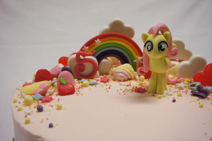 Menina Framboesa: my little pony cake