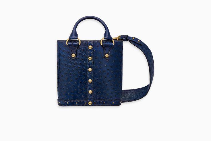 undefined Cliquez ici pour agrandir l'image du produit Petit sac seau Dioravenue en autruche bleu
