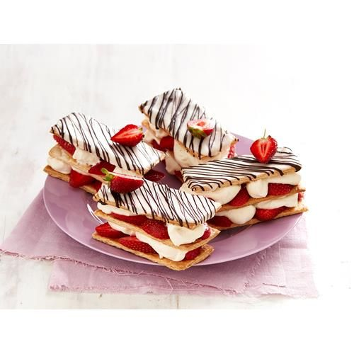 A classic strawberries & cream combo make the perfect filling for our easy version of this traditional french dessert. Made with puff pastry for a quick, basic treat.