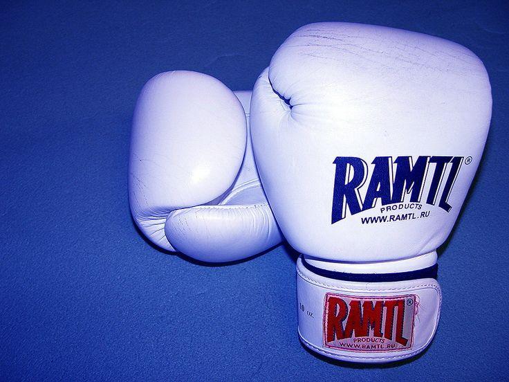 Шпалери Для мобiльного телефону - Бокс: http://wallpapic.com.ua/sport/boxing/wallpaper-29782