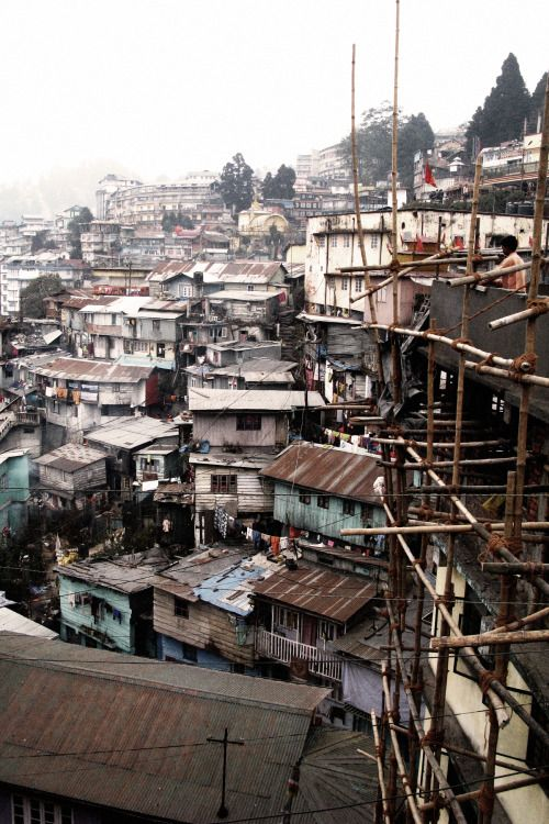 "breathtakingdestinations: "" Darjeeling - India (by Lorenzo) """