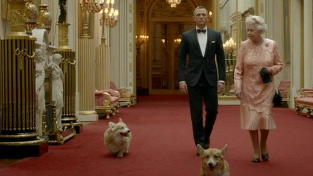 Queen and James Bond on their way to Opening Ceremonies 2012 London Olympics. Luv the Corgis!