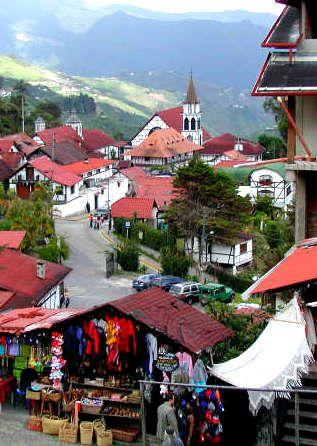 Pueblo de Tovar, venta de artesanía. Estado Aragua, Venezuela